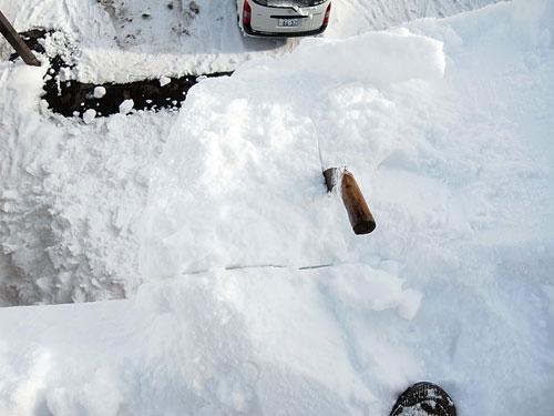 雪庇落としに、トライ!_c0189970_11162260.jpg