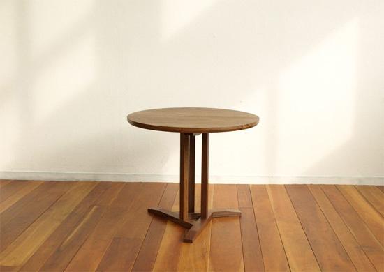 サイドテーブル、ウォールナット_e0115686_1639367.jpg