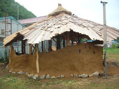 Natural Building_a0162646_21282564.jpg