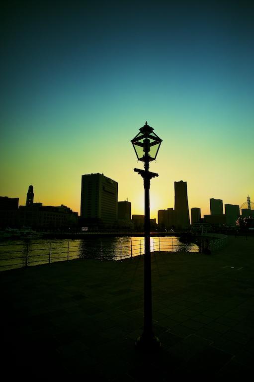 シルエット横浜_d0119505_3522610.jpg