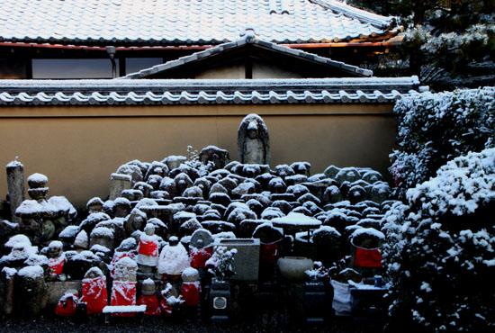 淡雪3 大徳寺を歩く_e0048413_20475864.jpg