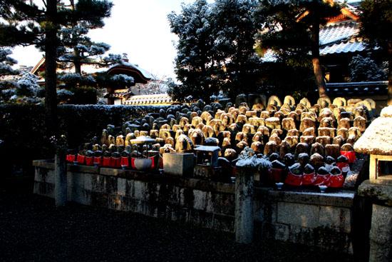 淡雪3 大徳寺を歩く_e0048413_20481385.jpg