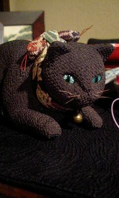 美人猫と黒猫_b0237338_18195830.jpg