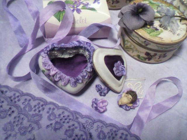 菫の国の天使ちゃん_a0111545_1415137.jpg