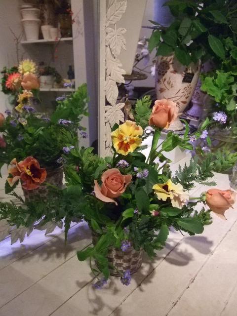 オークリーフ花の教室(島崎さんと勝俣さんの作品)_f0049672_18213123.jpg