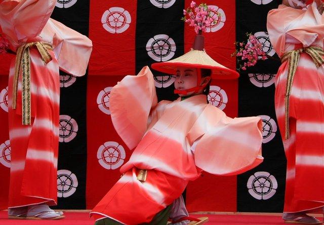 京都 随心院のはねず踊り_c0196076_22234526.jpg