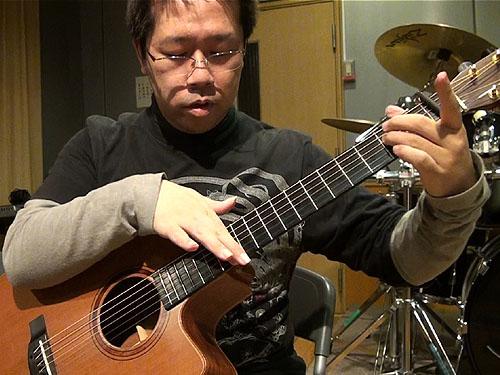 南澤大介先生の「ソロ・ギター・レッスン」 千葉でスタート!_c0137404_2312510.jpg