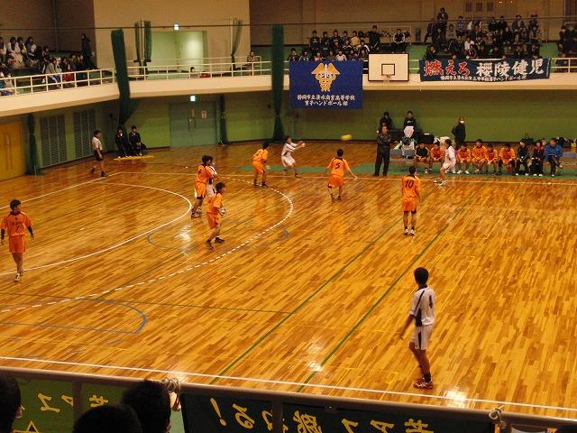 県高校新人ハンドボール大会で富士高男子が16年ぶりに優勝!_f0141310_7234494.jpg