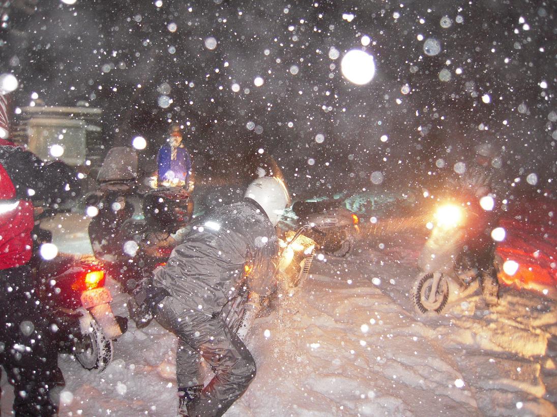 8年前の雪の日の思い出?ですやん!_f0056935_19243337.jpg