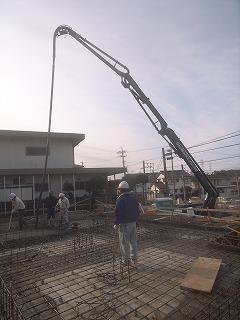 基礎ベースコンクリート打ち_f0059988_10331461.jpg