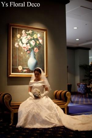ころんとしたお花のティアドロップブーケ ウェスティンホテルのおふたりに_b0113510_1523138.jpg