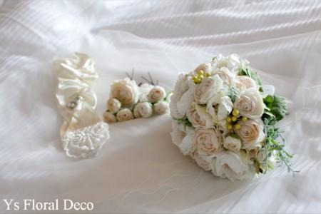 ころんとしたお花のティアドロップブーケ ウェスティンホテルのおふたりに_b0113510_1531083.jpg