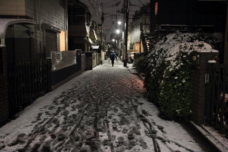 高円寺  雪の夜_b0061717_0464776.jpg