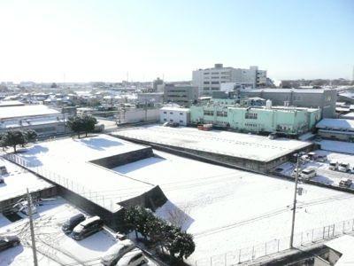 雪のあしたは裸虫の洗濯・・・  GKB47 ってなんだか分かりますか!?_a0050728_9592680.jpg