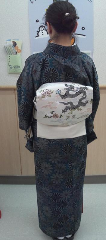 南座・前進座・兎の着物に長羽織の青森のお客様。_f0181251_18423614.jpg