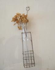 増田由希子さんのワイヤー花器入荷いたしました。_e0199564_17412574.jpg