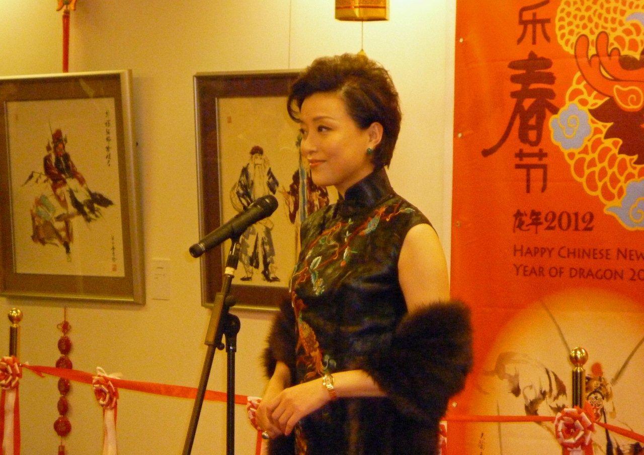 「歓楽春節」2012 楊蘭女史を迎え盛大に開催_d0027795_9241036.jpg