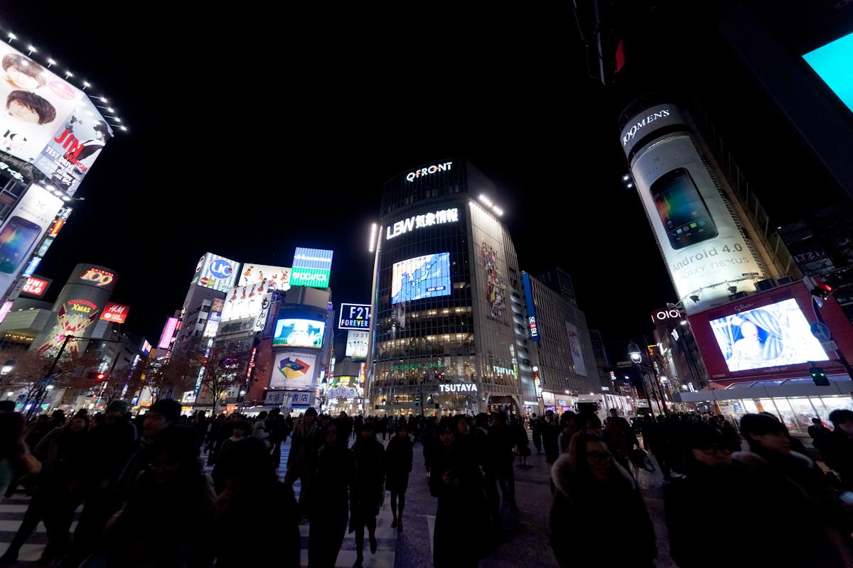 冬の渋谷スクランブル交差点_b0213320_23563816.jpg