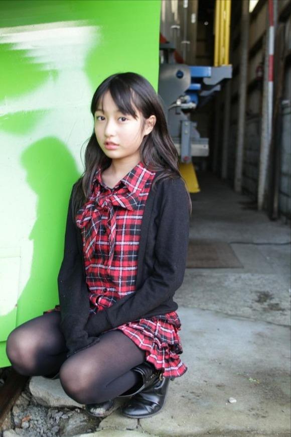 女子小学生のおっぱい [無断転載禁止]©2ch.netYouTube動画>36本 ->画像>127枚