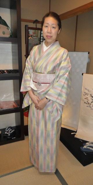 お客様の着姿・人間国宝、土屋順紀さんの素敵な紬_f0181251_1915723.jpg