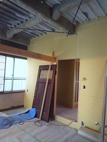 扉について:オミエdesignスタジオ準備中_d0074981_1601222.jpg