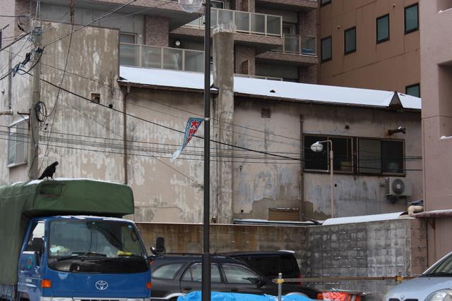 取り壊されたアリタリア、そして車窓からのスナップショット_a0158797_162579.jpg