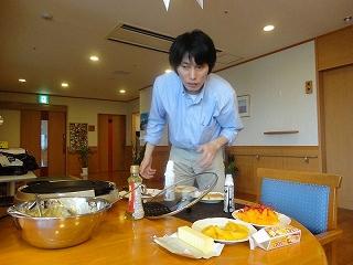 食事作り<アクティブライフ山芦屋・グループホーム>_c0107602_1425192.jpg