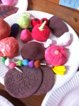 紙粘土で和菓子づくり_c0052304_732720.jpg