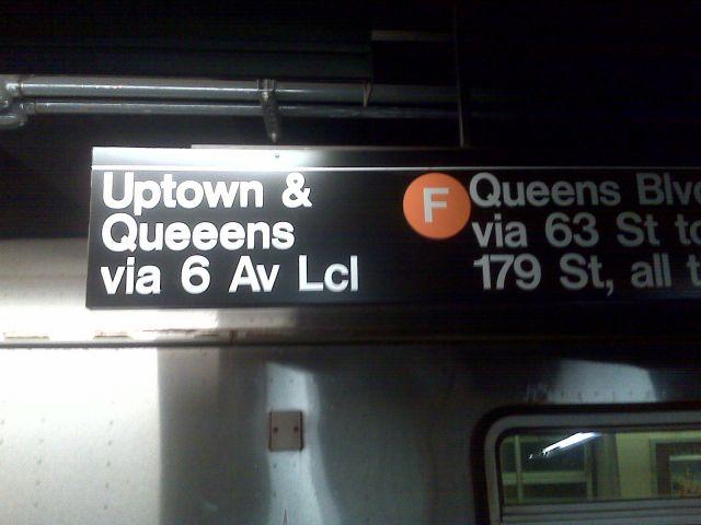 NYの地下鉄のカンバンは、速読トレーニングになるかも?!_b0007805_20524753.jpg