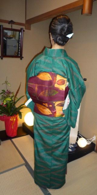 暖かそうな紬姿の加藤ますえさんと、カッコ悪い私。_f0181251_15452138.jpg