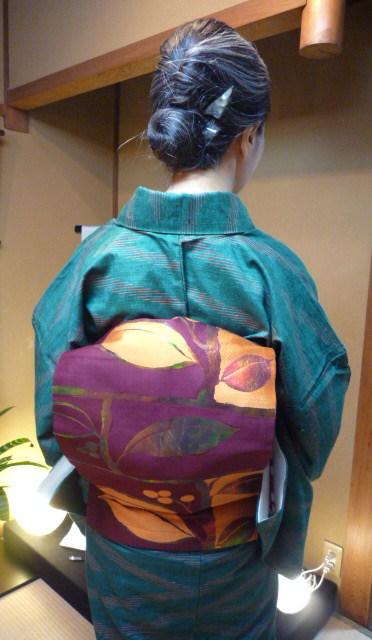 暖かそうな紬姿の加藤ますえさんと、カッコ悪い私。_f0181251_15493243.jpg