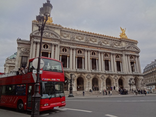 パリ2日目 オランジェリー美術館・一緒に旅する_b0165872_2335249.jpg