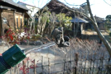 空中の石。_f0177373_2136012.jpg