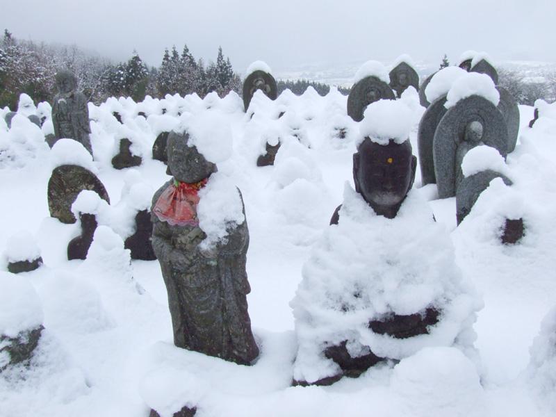 雪の峠にて_b0188175_1752418.jpg