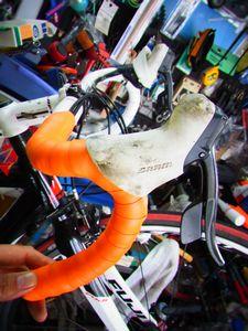 フジ ルーべ ロードバイクのバーテープ交換 _e0140354_1741192.jpg