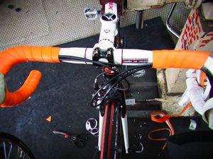 フジ ルーべ ロードバイクのバーテープ交換 _e0140354_1775067.jpg