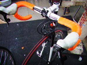 フジ ルーべ ロードバイクのバーテープ交換 _e0140354_178667.jpg