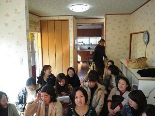 健伸幼稚園のユニークなママ講座^^_b0108363_1958929.jpg