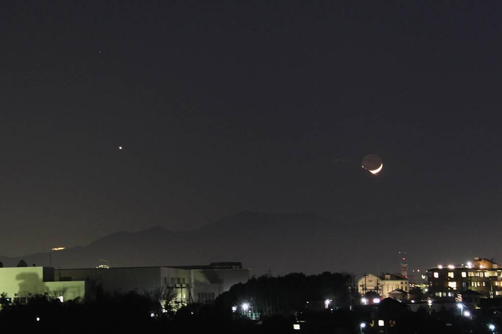 今年初めてのカワセミ/三日月が富士山に刺さりました_b0024798_10391570.jpg