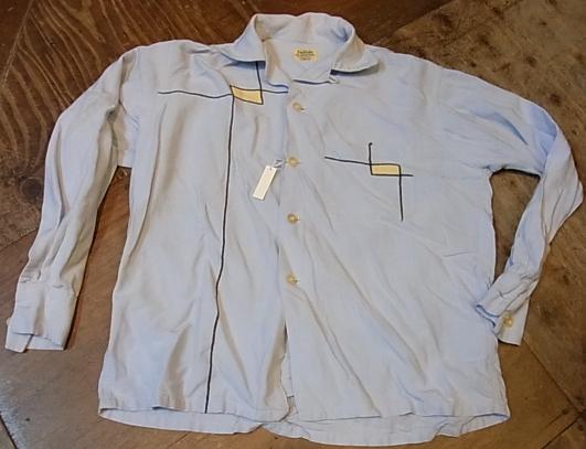 春物少しずつ・・。50'S レーヨンシャツ!Sサイズ!_c0144020_15291656.jpg
