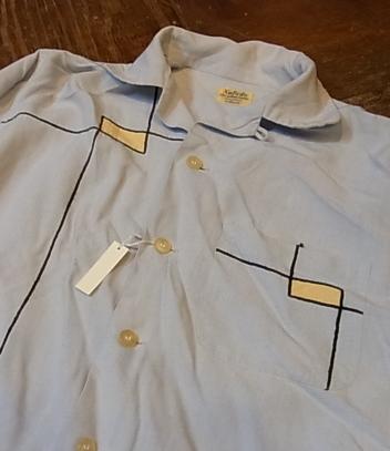春物少しずつ・・。50'S レーヨンシャツ!Sサイズ!_c0144020_15291839.jpg