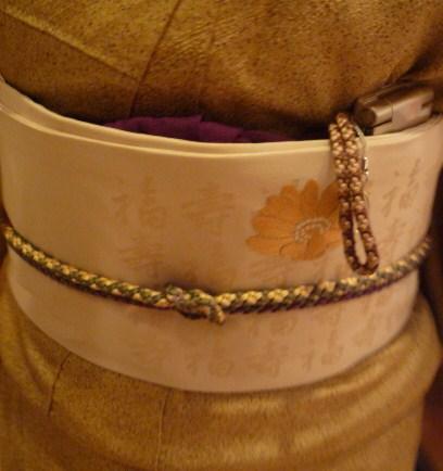 日本刺繍の発表会・福寿の帯に福寿草の刺繍。_f0181251_16424132.jpg