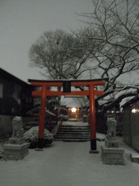 昨夜の雪降り _e0140354_13153451.jpg