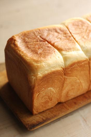 うちの食パンは角だから。_f0149855_7204878.jpg