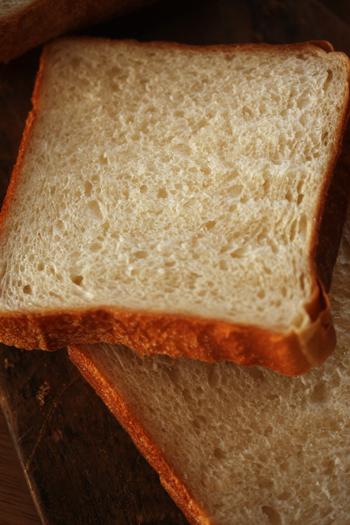 うちの食パンは角だから。_f0149855_7214895.jpg
