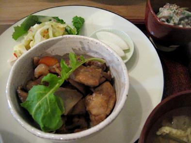 京都でお得な旬の定食 おばんざい_b0153663_17424484.jpg