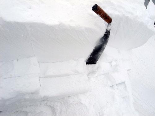 雪庇落とし、続続編_c0189970_16351651.jpg