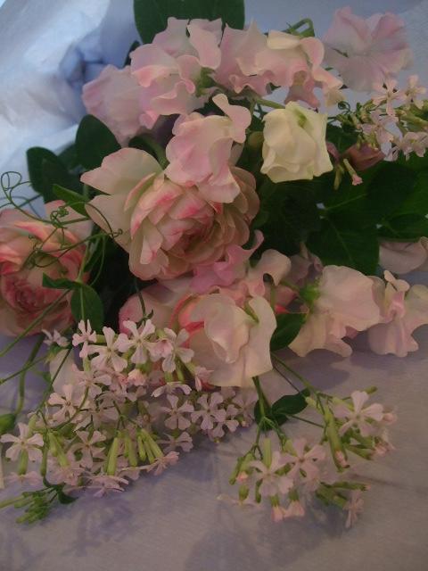 オークリーフ花の教室(中山さんと石井さんの作品)_f0049672_1502265.jpg