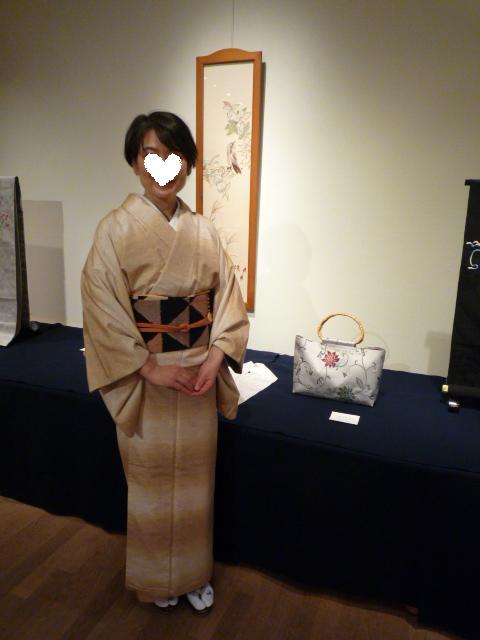 日本刺繍の発表会・鱗模様の染め帯に龍の足袋。_f0181251_15522732.jpg
