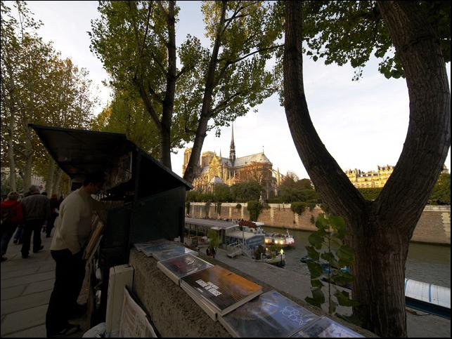 <木村伊兵衛天然色でパリを撮る、秘蔵写真でよみがえる58年前の町並み>を見て_a0031363_18214682.jpg